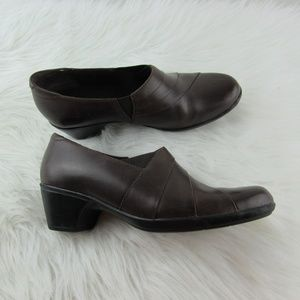 Clarks Women's Ankle Boots Shoes Brown Size 8.5
